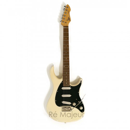 Peavey Electric Guitar White